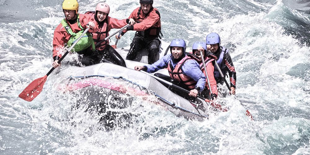 Deutschlands Sommer: Wildwasser-Rafting, Bungee Jumping & Co.