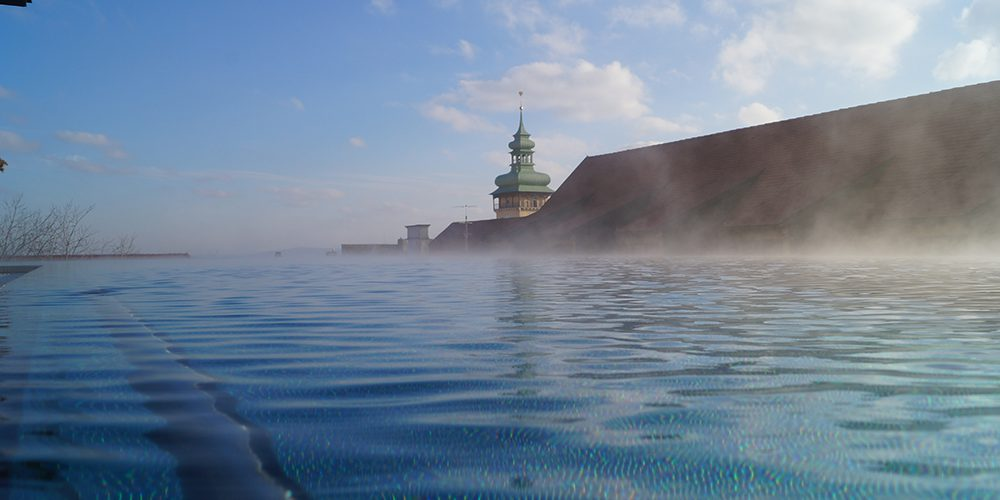 Luxus-Flair & Pool-Träume: Hotels mit Infinity Pool